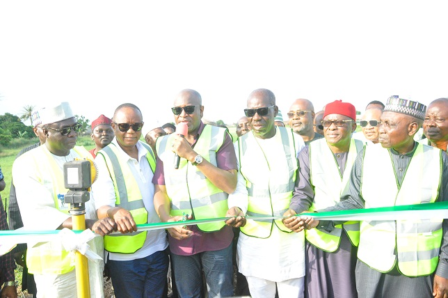 Obaseki, FG inaugurate night landing facilities, others at Benin Airport