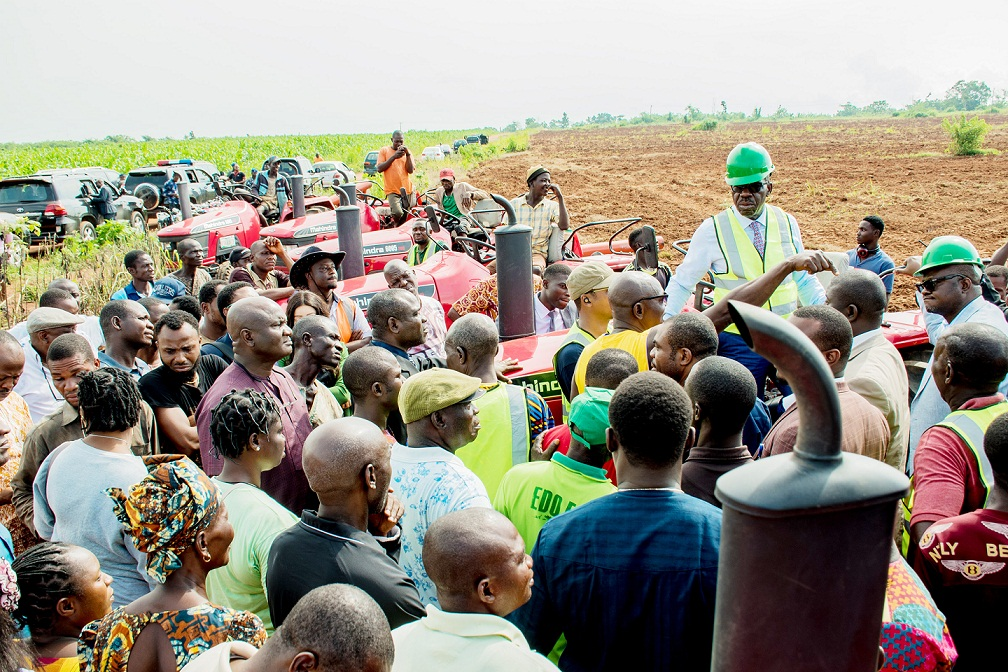 Obaseki inspects 725ha maize farm project, assures of plans to ensure food sufficiency
