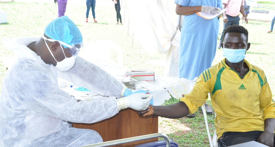 Coronavirus: Edo screens, collects samples of over 100 persons on transit from Rivers, Kano